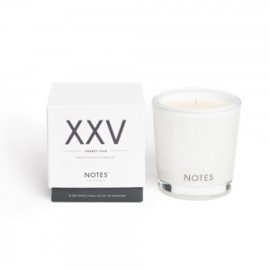 """XXV"" Geurkaars ""NOTES"", Tobacco Flowers & Patchouli, medium"