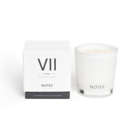 """VII"" Geurkaars ""NOTES"",  Soft Bergamot & Tonka Bean, medium"