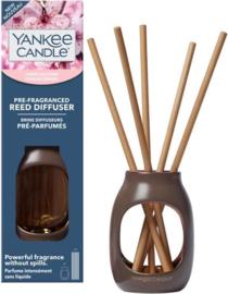 """Cherry Blossom"" Pre-fragranced Reeddiffuser Yankee Candle"