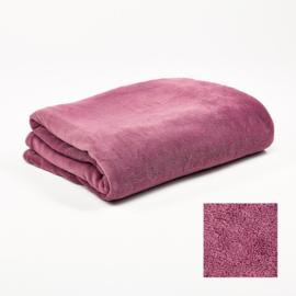 Fleecedeken 130x170 Berry Pink + 1 naam geborduurd