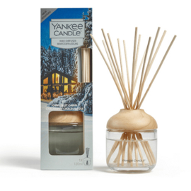 """Candlelit Cabin"" Reeddiffuser Yankee Candle"