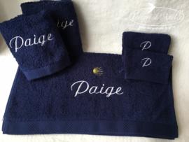 Voorbeeld geborduurde handdoeken