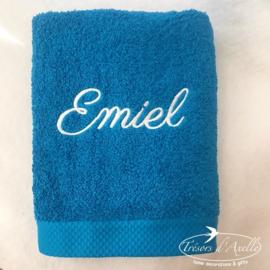 Handdoek turquoise (50 x 100) + 1 naam geborduurd