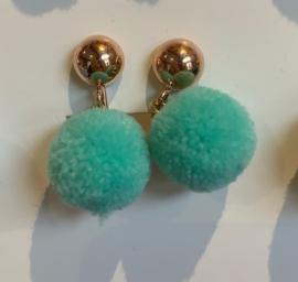 """Clips oorbellen """"Clips for Charity"""" appelblauw zeegroen"""