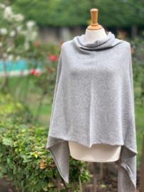 Poncho, licht grijs, 80% wol