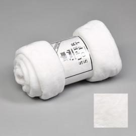 Fleecedeken 130x170 White + 1 naam geborduurd