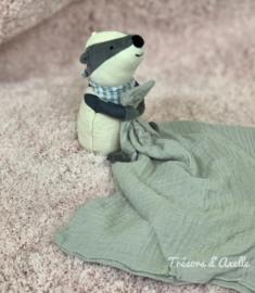 """Knuffeldoekje """"Jellycat"""" Little Rambler Badger - Das met of zonder naamborduring"""