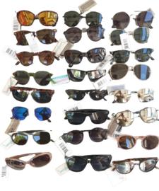 Partij van 130 mixed zonnebrillen