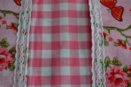 Luier en doekjes etui daisy roze met kantje