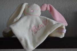 Tutpoppetje licht roze met naam borduur