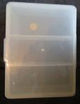 Kunststof doos met 3 vakjes - Clear box with 3 spaces