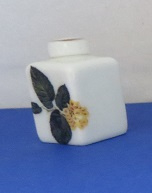 Miniature square Vase with top - 07