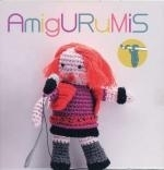 Amigurimis - Doos met amigurimis poppetjes - Box with amigurimis dolls
