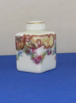 Miniature square Vase with top - 10