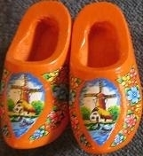 Wooden shoes brooche with windmill - orange