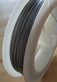 Bead stringing wire, 80 meter, silver