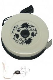 Centimeter wit- en zwart, bloemmotief - Tape Measure white- and black, flower motif