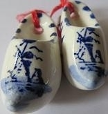 Delft blue shoes - small