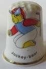 Vingerhoed - 047 - porselein - jockey beer - Thimble - jockey bear