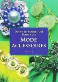 Janny en Marie-José Bonthuis - Fashion accessoires