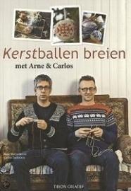 Arne Nerjordet & Carlos Zachrison - Kerstballen breien - Knitting  Christmas balls