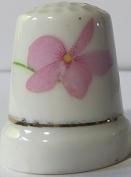 Vingerhoed - 066 - porselein - bloem - Thimble - flower - bone china