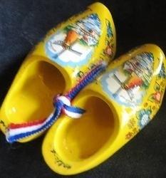 Klompen - geel met molen - Wooden shoes - yellow with windmill