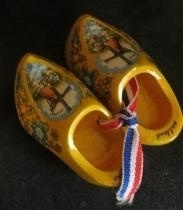 Klompen - klein - geel met molen - Wooden shoes - yellow with windmill - small