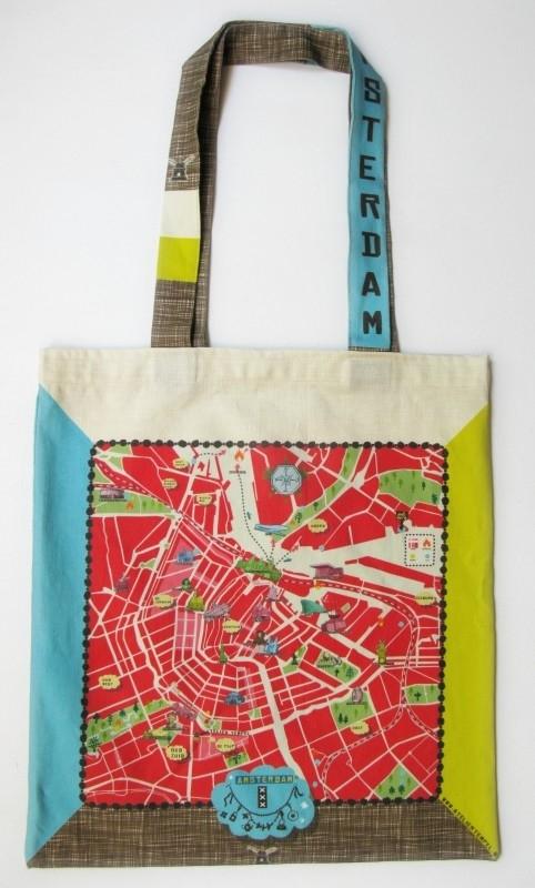 tote bag . amsterdam map . red