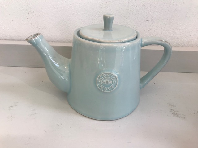 Costa Nova Tea pot 0.75ltr