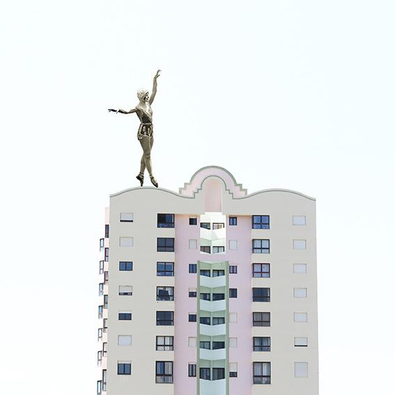 Margo Weijer, Sea Building  collage (20x20cm)