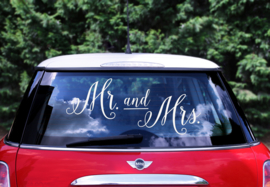 AUTORAAMSTICKER MR and MRS  | WIT | TROUWAUTO BRUILOFT