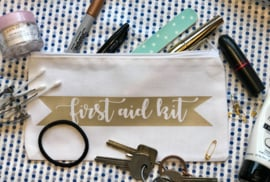 First Aid Kit Etui | Wit |  22x12 cm | Champagne bedrukking