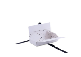 Kadodoos Wit met Stip Large 18x3x8,6 cm   5 stuks   Giftbox met lint