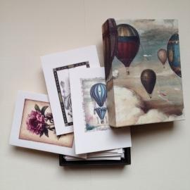 Handgemaakte bewaarbox met 10 kaarten met enveloppen