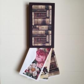 Handgemaakte bewaarbox met 10 bijzonder mooie postkaarten met enveloppen *** Uitverkocht ***