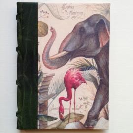 UITVERKOCHT: Handgemaakte agenda met donker groene leren kaft en vintage wilde dieren tekeningen