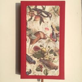 Handgemaakte bewaarbox met 10 stuks prachtige vogels enveloppen met lining en creme briefpapier.