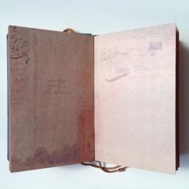 Vintage Notebook `Adventure` met vele verschillende prachtige bladzijden *** UITVERKOCHT ***