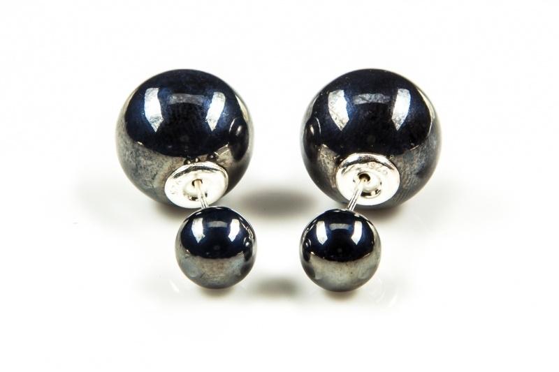 Karma Double Dots Hematite Pearl