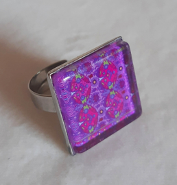 Cabochon ring VIOLA purple