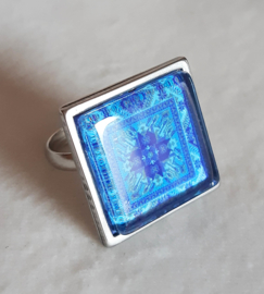 Cabochon ring ROYAL BLUE blue