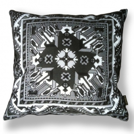- Decorative pillows Black White