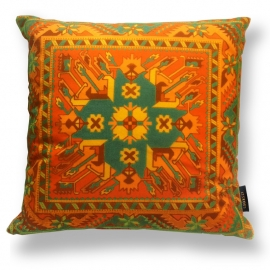 - Decorative pillows Orange