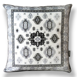 Housse coussin velours noire-grise-blanchee IRBIS
