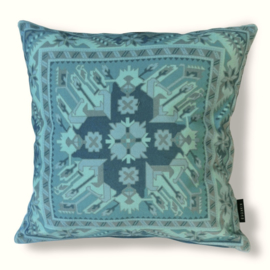 - Decorative pillows Aqua