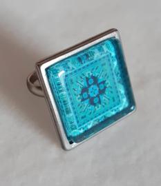 Cabochon ring BLUE LAGOON aqua