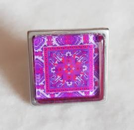 Cabochon ring CROCUS purple