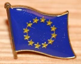 P246 - small PIN - European Waving Flag - Europe - Europa