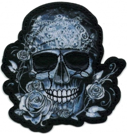 020 - PATCH - Skull with Bandana and Roses